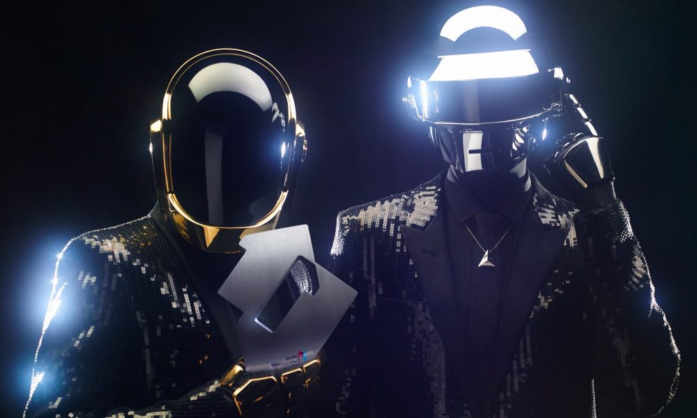 Watch: Unseen Footage Of Daft Punk's Alive Tour Is Your ...